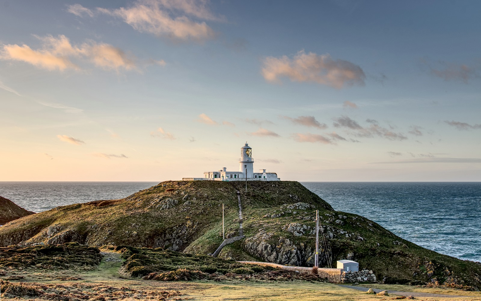 uploads/anh-dienden-dulich/wales/strumble-lighthouse-pembrokeshire.jpg